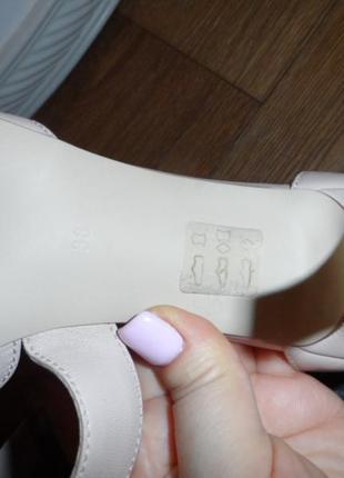 Нежные ,стильные туфельки 38р,нат. кожа ,новые4 фото