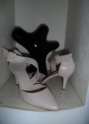 Нежные ,стильные туфельки 38р,нат. кожа ,новые6 фото