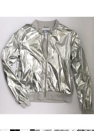 Куртка -дождевик victoria's secret