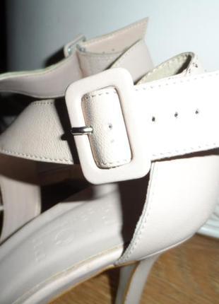 Нежные ,стильные туфельки 38р,нат. кожа ,новые10 фото