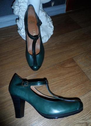 Брендовые,качественные ,стильные туфли hispanitas испания38р2 фото