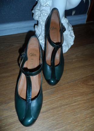 Брендовые,качественные ,стильные туфли hispanitas испания38р9 фото