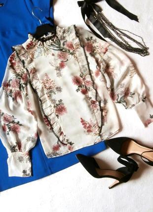 Нежная шифоновая блуза zara в цветочный принт, блуза с оборками, рюшами1 фото