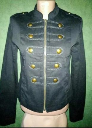 Катоновый пиджак в стиле милитари