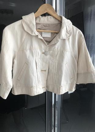 Стильная легкая курточка emma james