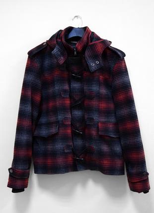 Короткое пальто-дафлкот cedarwood state