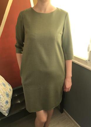 Отличное льняное офисное платье