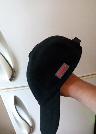 Классная мужская флисовая теплая кепка с козырьком и с ушками от бренда «сapo»,австрия