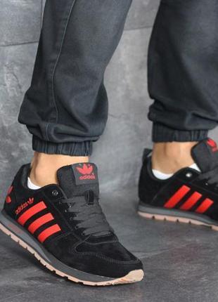 Мужские замшевые кроссовки adidas