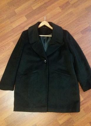 Шикарное пальто 50-52р от f&f