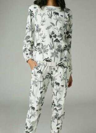 Теплая мягкая пижама некст