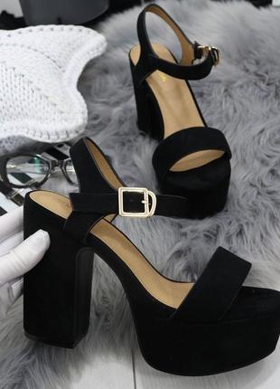 Новые шикарные женские черные босоножки на высоком каблуке