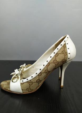 Оригинал gucci монограм туфли на тонком каблуке 38