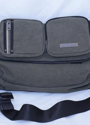 Мужская сумка diesel, среднего размера, через плечо, цвета хаки.