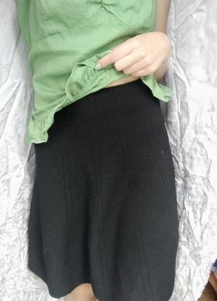 Очень плотная юбка солнце от zara зима/осень