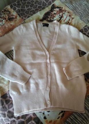 Шикарный нюдовый свитер/кардиган с заплатками на рукавах от massimo dutti3 фото