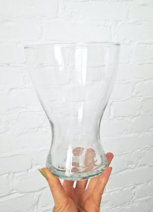 Дизайнерская,стеклянная ваза,необычной формы,вме,тительная