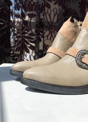 Актуальные кожаные сапоги - казаки, натуральная кожа, италия4 фото