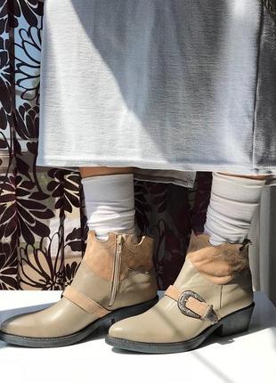 Актуальные кожаные сапоги - казаки, натуральная кожа, италия3 фото