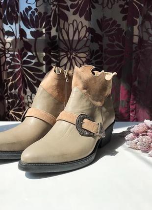 Актуальные кожаные сапоги - казаки, натуральная кожа, италия8 фото