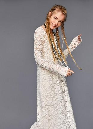 Пояма  кружевна сукня міді від zara, нова, бежева