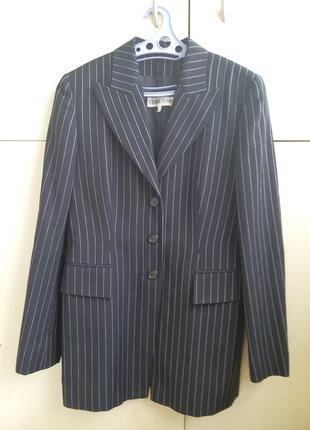 Удлинённый стильный пиджак cerruti 1881