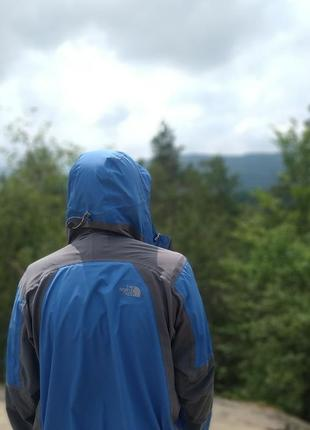 Вітрова куртка the north face