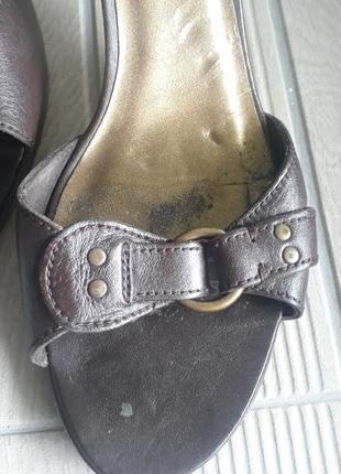 Кожаные босаножки massimo dutti коричневые туфли средний каблук6 фото