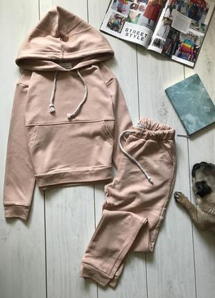 Бежевый костюм худи и штаны