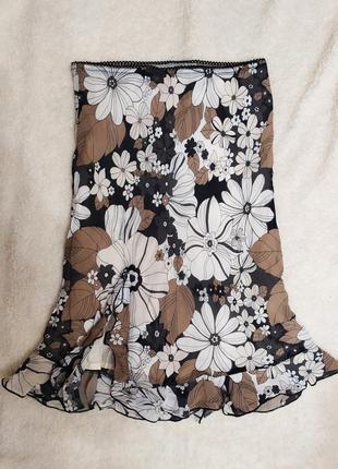 Спідниця з розрізом з воланами у квіти № 49