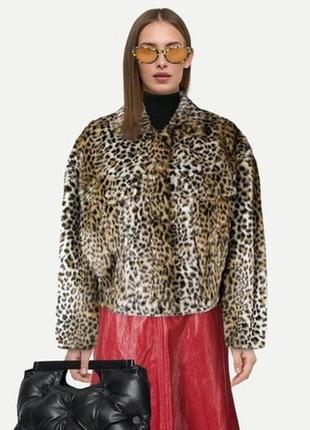 Полушубок с леопардовым принтом / искусственный / с воротником / большой размер