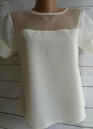 Блуза молочная с вставкой из органзы