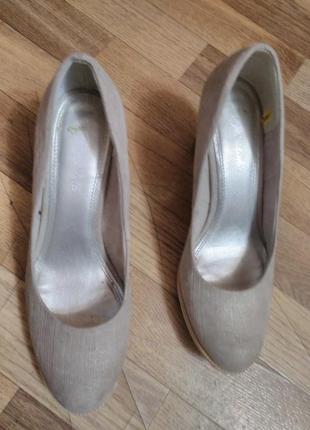 Удобные, качественные туфли италия