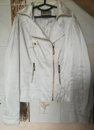 Белый атласный пиджак на молнии 44-46 размер