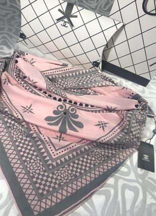 Шикарный шёлковый платок с ручной обработкой края 🌸
