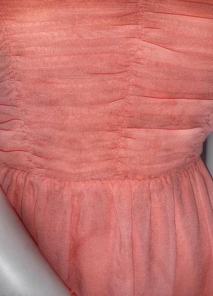 Платье с открытыми плечиками3 фото