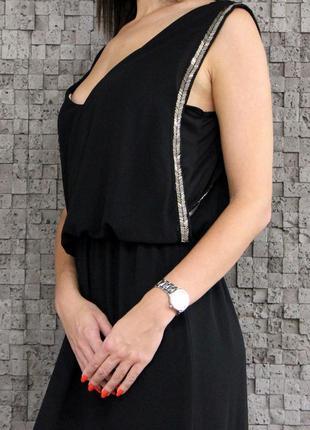 Шикарное платье,украшенное биссером