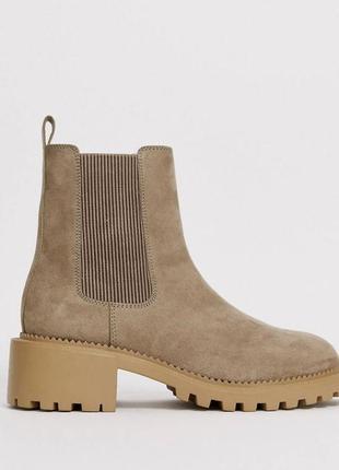 Ботинки новые песочные под замш челси