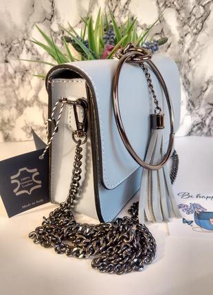 Необыкновенно красивая сумочка голубого цвета2 фото