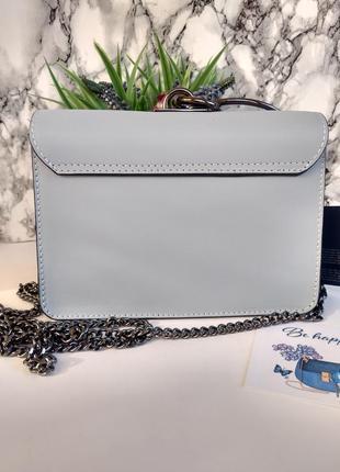 Необыкновенно красивая сумочка голубого цвета3 фото