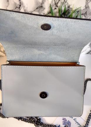Необыкновенно красивая сумочка голубого цвета4 фото