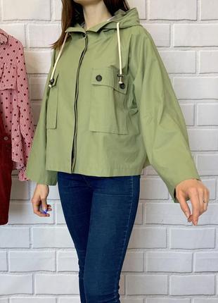 Стильная курточка от zara