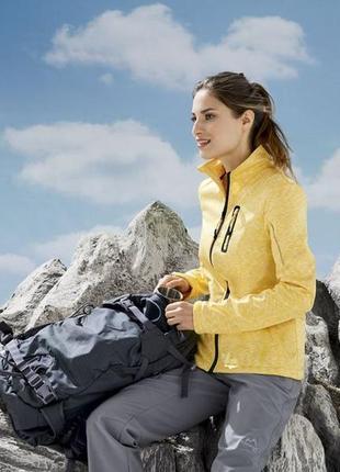 Женская куртка на флисе crivit евро 40-42