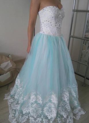 Нежное свадебное платье1 фото