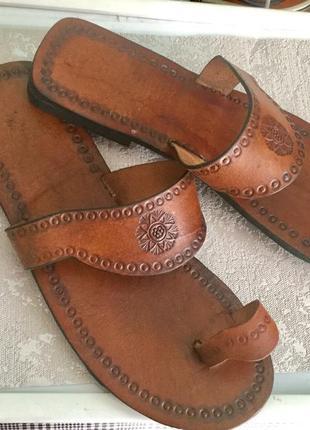 Новые мужские кожаные шлепанцы на 42