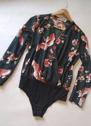Трендовая блуза-боди на запах