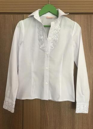 Нарядная школьная блузка тм веснушка с декоративной вышивкой, р.140