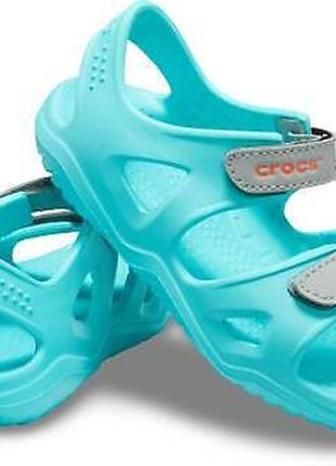 Детские сандалии crocs unisex  в размере 30 и 32