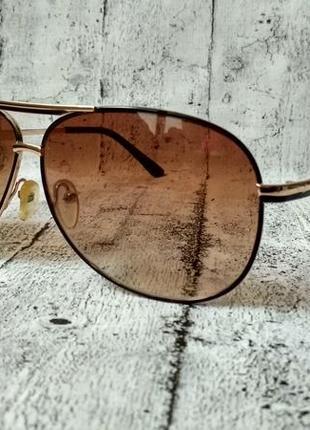 Стильные очки капли
