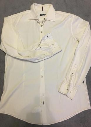 Нарядная рубашка белая